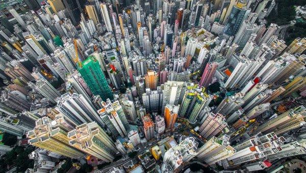 Подобный финансовый взлет исследователи объясняют ростом котировок на бирже и рынка недвижимости в минувшем году