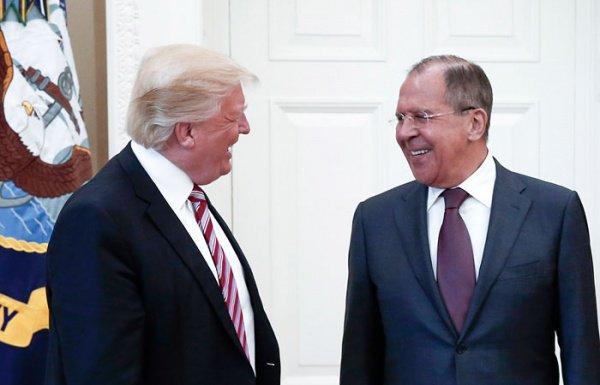 Трамп и Лавров на встрече в США в мае 2017 года.