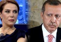 В Турции певица оказалась за решеткой за «оскорбление Эрдогана»