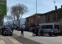 Власти Франции объявили захват заложников в супермаркете терактом