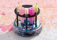 Вакуумный пылесос стал художником-абстракционистом