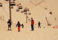 Метеорологи объяснили появление желтого снега в Сочи