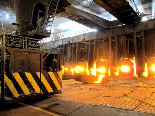 Всех работников закрытого цеха, который проработал на заводе 85 лет, трудоустроят в новых цехах, более современных и безопасных