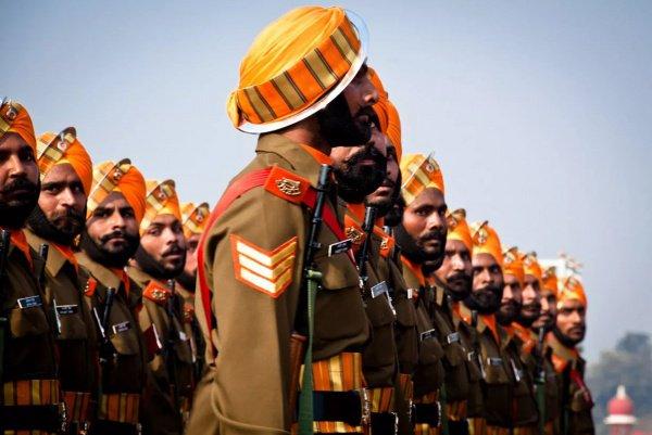Что касается Китая и Индии, по словам специалиста, в настоящий момент у них уже имеются все типы вооружений