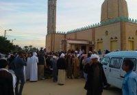 В Судане неизвестный напал с ножом на прихожан мечети: есть жертвы