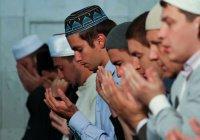 В мечетях России молятся о жертвах трагедии в Кемерово