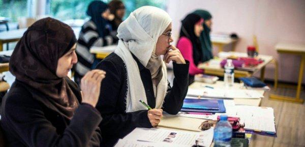 О хиджабе в британской школе