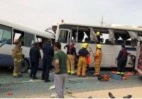15 человек погибли при лобовом столкновении автобусов в Кувейте