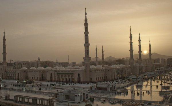 Медина - город Пророка (мир ему и благословение)