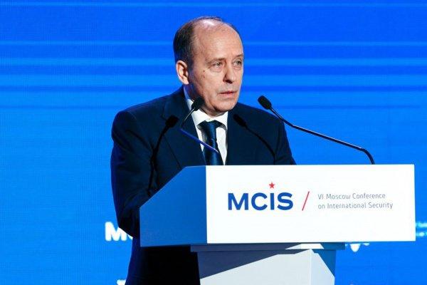 Глава ФСБ России неисключил объединенияИГ и«Аль-Каиды»