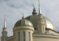 К татарстанской мечети стянулись все экстренные службы