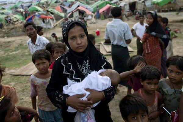 В Бангладеш были вынуждены бежать более 700 тысяч рохинджа.