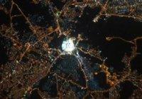 Российский космонавт сфотографировал Запретную мечеть из космоса. И это восхитительно!