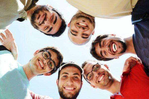 Курсы счастья пройдут студенты ОАЭ.