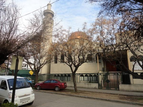 Обновленная мечеть приняла первых прихожан.