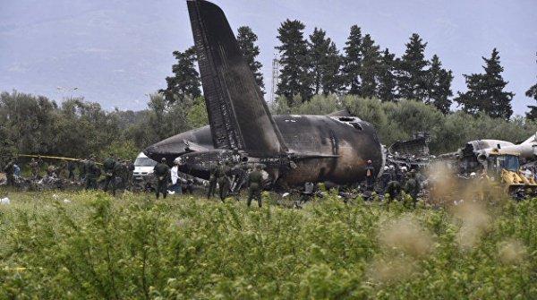 Причиной трагедии могло стать попадание в двигатель постороннего предмета.