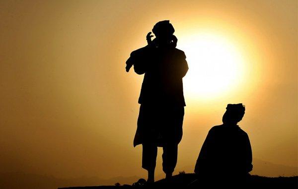 «Тому, кто говорит слова, подобные словам муэдзина, будет дано вознаграждение, подобное вознаграждению муэдзина»