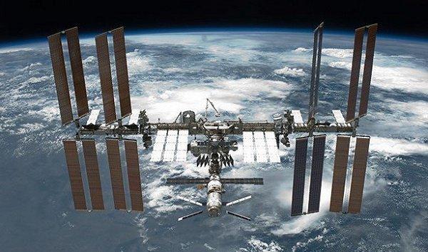 При этом отпадет необходимость в создании очень дорогих сверхтяжелых ракет, доставке с Земли топлива и оборудования