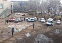 Школьник с ножом напал на учителя и одноклассников в Башкортостане