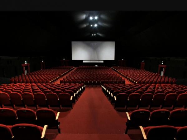 ВСаудовской Аравии сегодня откроют 1-ый за35 лет кинотеатр