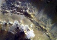 Получены первые цветные фотографии Марса