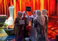 Победительница женского конкурса чтецов Корана получила путевку в Мекку