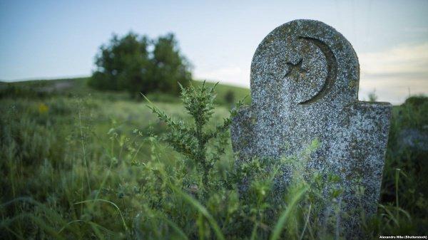 """""""Раньше я запрещал вам посещать могилы. Но сейчас..."""""""