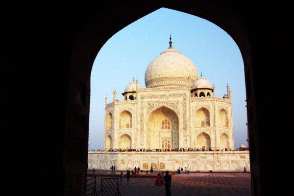 Ежегодно эту мечеть посещают порядка 7 млн. туристов