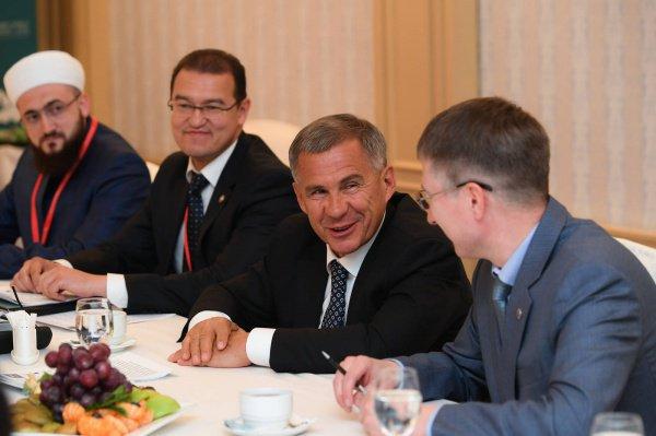 Рустам Минниханов на встрече с делегацией Туниса.