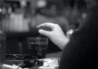 Ученые: Табак и алкоголь опаснее тяжелых наркотиков