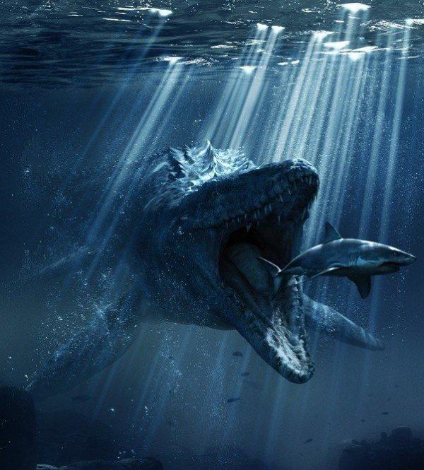Судя по останкам, он обладал чешуйчатыми доспехами и ластами с хвостовыми плавниками, подобно современным наземной рептилии и дельфину соответственно