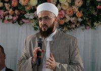 Муфтий Татарстана открыл в Казани первый ифтар Рамадана