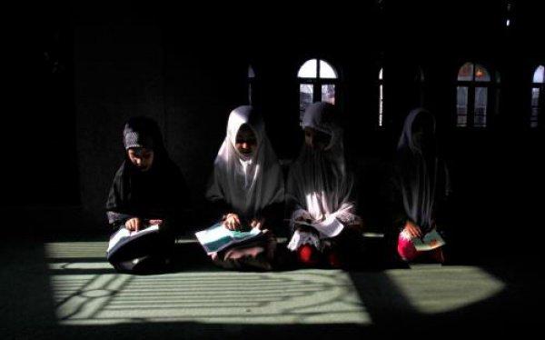 Перемирие на территории Кашмира объявляется на срок с 17 мая до 16 июня