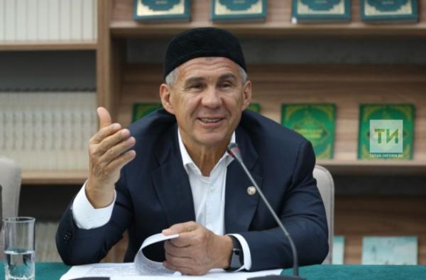 Глава Татарстана пояснил, что именно «великая истина» позволила татарам сохранить свое единство, веру, язык и культуру, пройдя все испытания