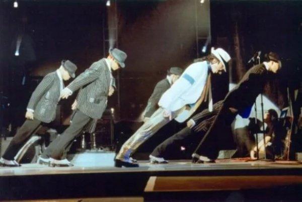 Танцы Майкла Джексона оказались смертельно опасными