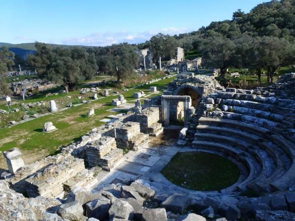 Сохранившийся амфитеатр Баргилии.