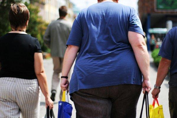 Процент людей, страдающих ожирением, с 14% в 2017 году вырастет до 22% в 2045-м году
