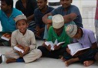 Шри-Ланка получила от Турции 5 тысяч Коранов