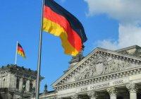 В Берлине прошли многотысячные митинги против мигрантов