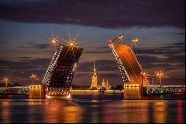 Выступление экстримала состоялось в рамках празднования 315-летия Петербурга
