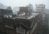 Ураган, обрушившийся на Индию, убил 40 человек