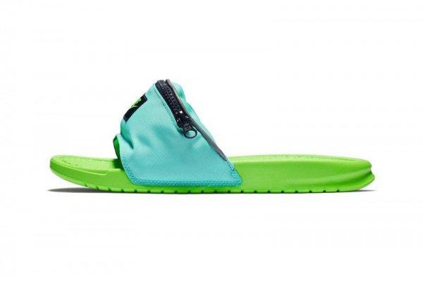 Новые резиновые сандалии представлены в 2-х вариантах расцветки