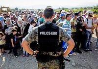 В Венгрии хотят сажать за помощь мигрантам