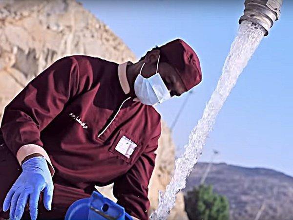 Кадр из фильма: Zam-Zam: Blessed Water (2018). (c) DAR NASAH.