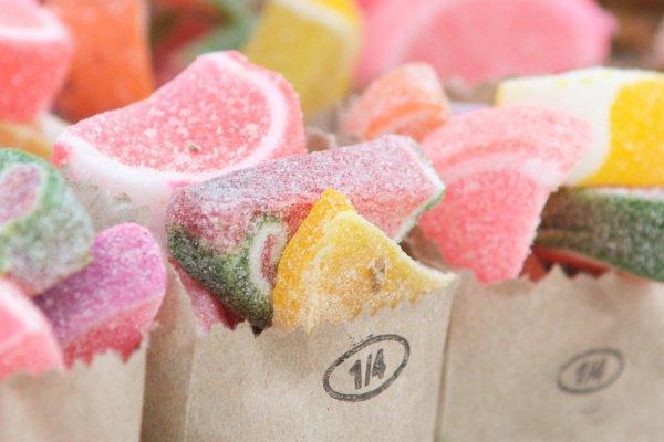 Исследователи научились на нейронном уровне программировать организм человека ненавидеть сахар