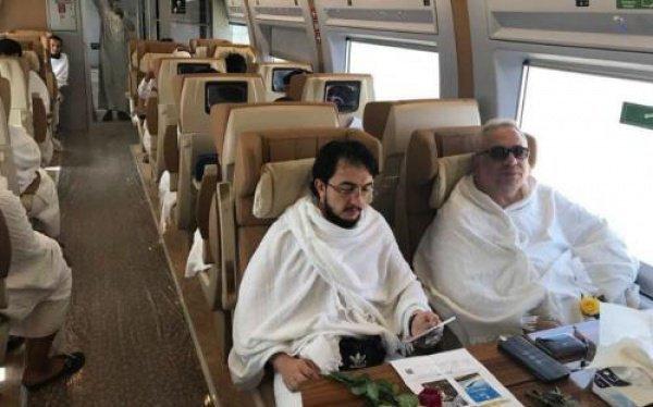 Паломники протестировали поезд между Меккой и Мединой.