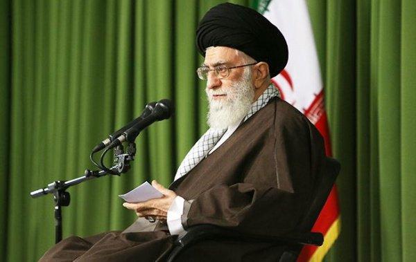 Аятолла Али Хаменеи.