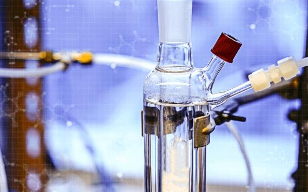 При этом газ для этого закачивался учеными в специальные емкости, заполненные щелочью