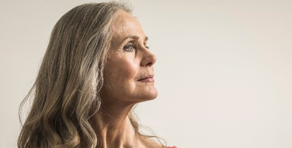 Женщины, родившие до 20 лет, подвергаются риску ранней менопаузы на 43% чаще, чем другие представительницы слабого пола