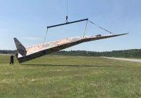 Самый большой в мире бумажный самолет запустили в США (ВИДЕО)